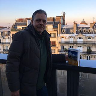 RENTRE DHIVER - Chawki Amari, auteur de Lne Mort, tait aujourdhui  Paris, et en interview ce...